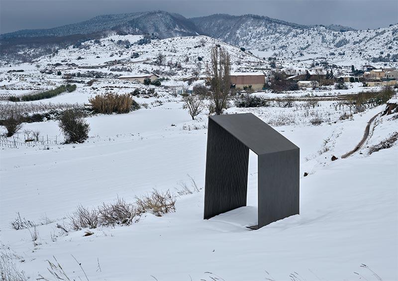escultura_balanza_ventosa_musacc